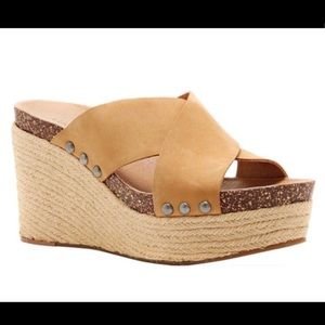 NWT Lucky Brand sandals